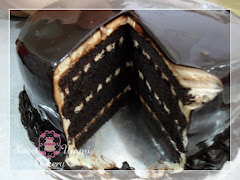 Russian Black n White Cake