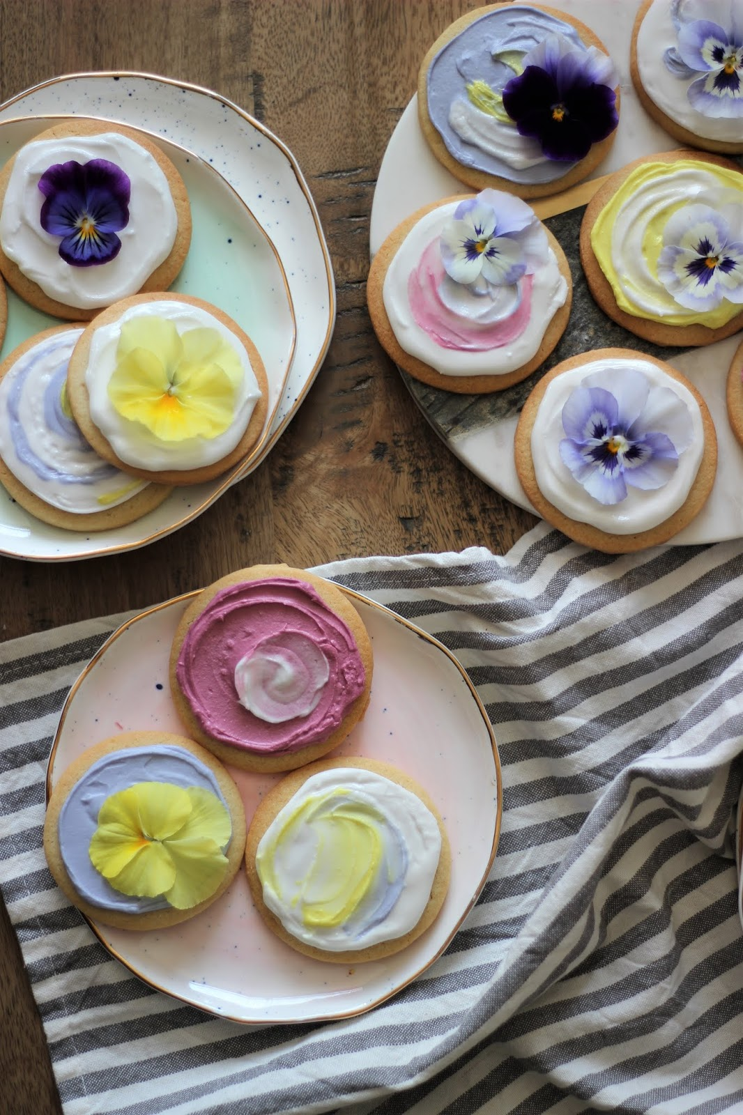 pansy-sugar-cookies