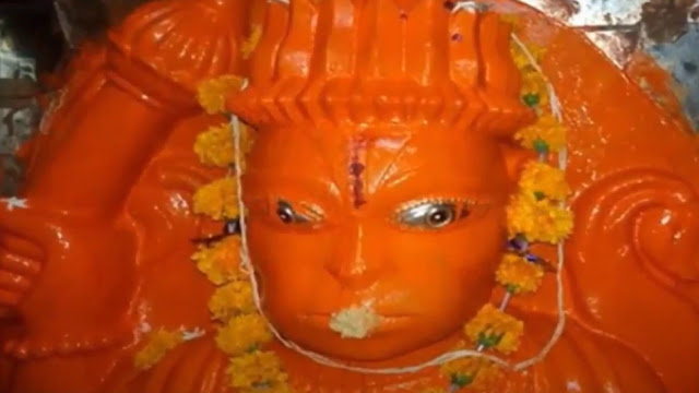 इस अद्भुत हनुमान मंदिर में एक दिन में 3 बार बदलता है प्रतिमा का स्वरूप, जानें क्या है इसका कारण