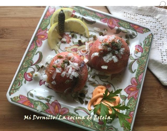 https://lacocinadeestela.blogspot.com/2019/07/semiesferas-de-salmon-ahumado-rellenas.html