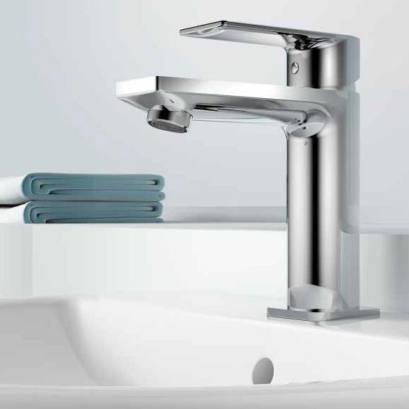Fabrica de grifos duchas y complementos ba os y accesorios for Complementos de ducha