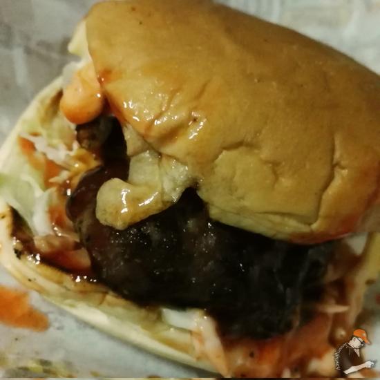 Burger Meletup Parit Buntar