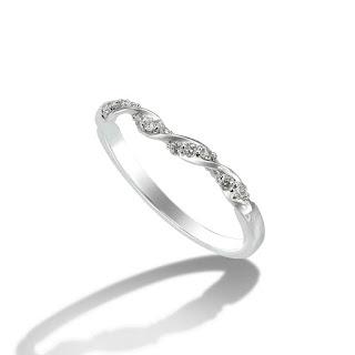 Nhẫn nữ kim cương tấm thanh lịch