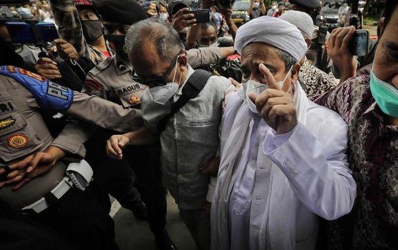 PKS: Habib Rizieq Dipaksa Sidang Online Berpotensi Langgar HAM