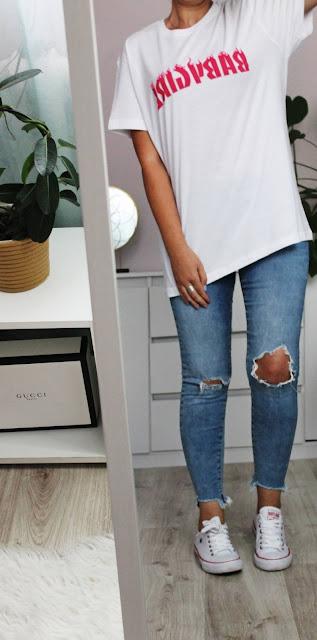 T-shirty Baby Girl oraz prawdziwe jeansy