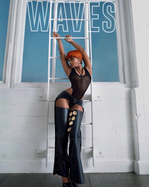 DΔWN Unveils New Single 'WAVES'