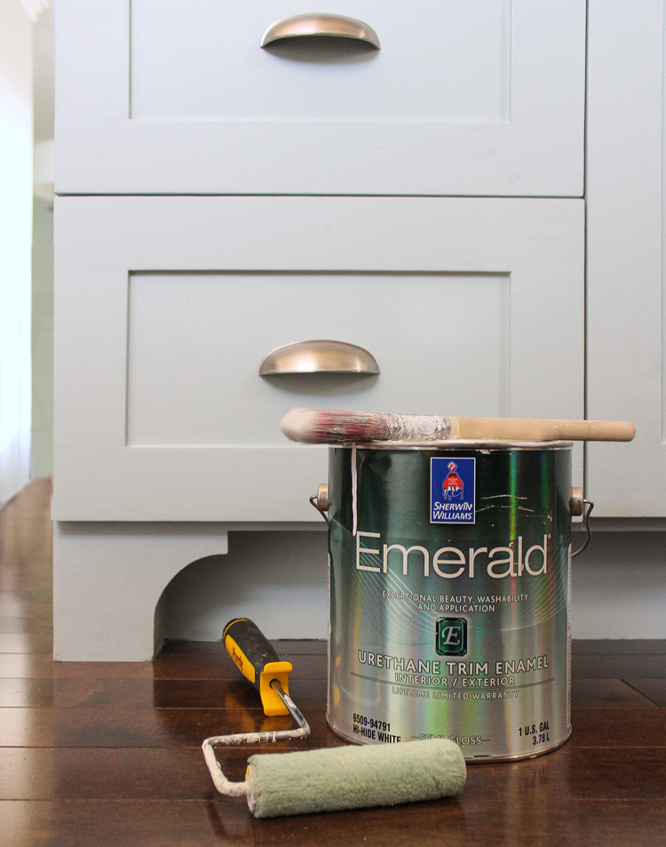 The Craft Patch: The Best Paint for Kitchen Cabinets