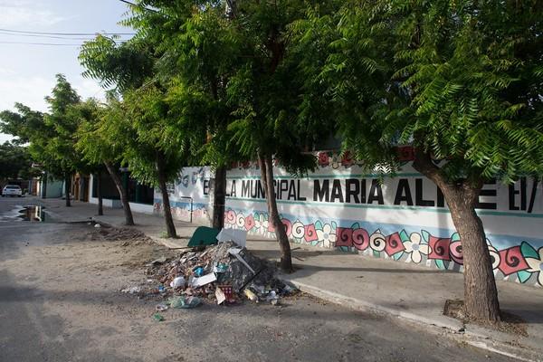 Escola municipal de Fortaleza é interditada por problemas estruturais e início das aulas para 500 alunos é adiado