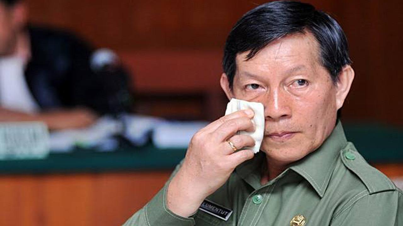 Walikota Manado Godbless Sofcar Vicky Lumentut