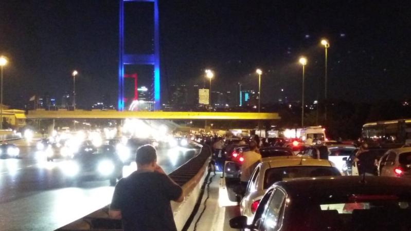 ثورة تركيا كل مايحدث فى الإنقلاب العسكري بتركيا بالصور