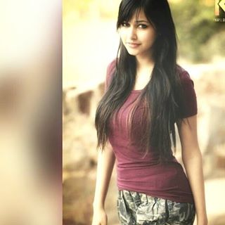 Punjabi Beautiful Girl Wallpaper Download Rumman Ahmed Bio Pics Wiki Fliqy