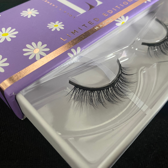 90's inspired False Lashes