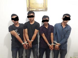 Hanya Satu Jam, Empat Pelaku Pencurian dengan Modus Ganjal ATM Ditangkap