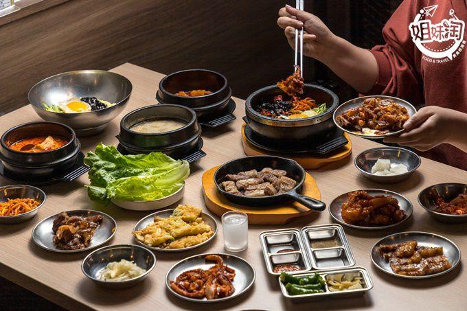 超過30種韓式料理隨你吃到飽!專人燒烤不動手也能吃到熱騰騰、香噴噴的烤五花肉-槿韓食堂