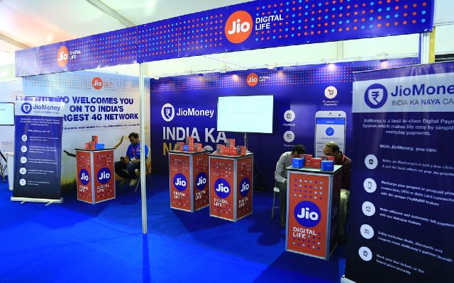 Make money by recharging, Jio brings new benefits for customers