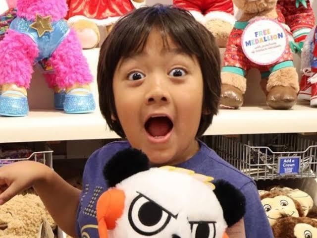 Ryan Kaji, YouTuber Cilik Berpenghasilan Tertinggi Raup Rp 364 Miliar Selama 2019
