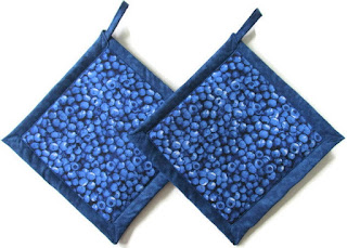 "alt=""handmade fabric blueberry design potholders on Etsy"""