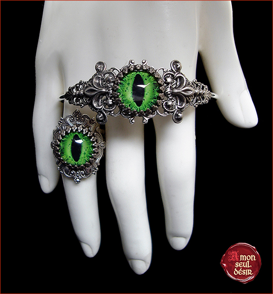 Bijoux oeil vert yeux gothique dragon chat serpent parire bracelet bague eye jewellery green dragon cat snake eyes gothic goth jewelry