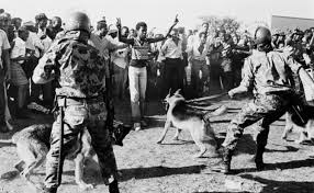 historicalville.com-Soweto Uprising 1976 - Black School Children Protest