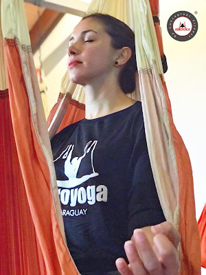 yoga, aeroyoga, aerial yoga, air yoga, fly, flying, suspension, columpio, trapeze, swing, latino america, cursos, formacion, teacher training