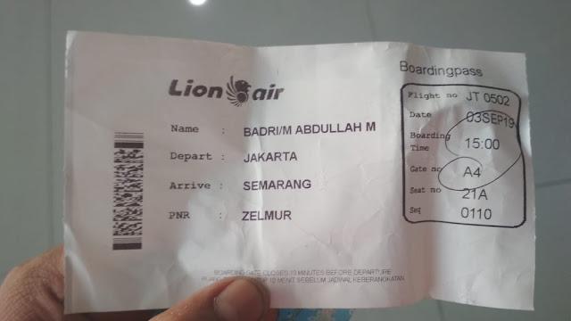 cetak mendiri tiket pesawat lion air di bandara semarang