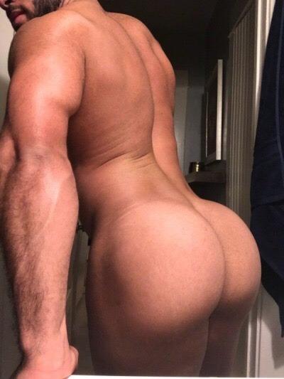 gay-clips-big-butt-men
