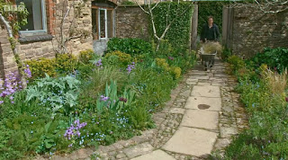 Gardeners World Monty's dry garden