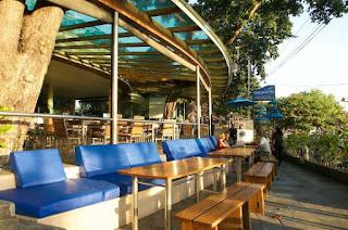 Job Vacancy as Sales Executive at Seaside Restaurant