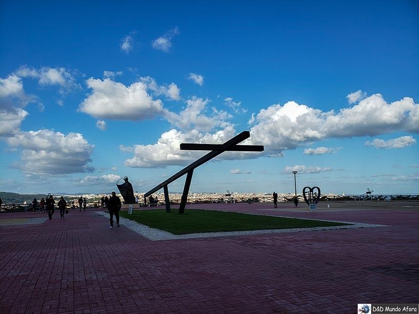 Praça do Santuário do Cristo Rei - o que  fazer em Lisboa