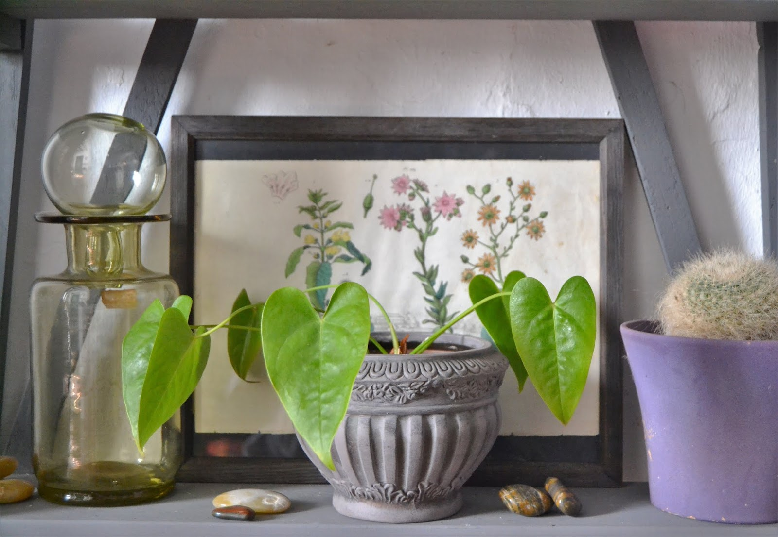 Cómo integrar objetos antiguos en tu hogar, antigüedades, decorar con objetos vintage,
