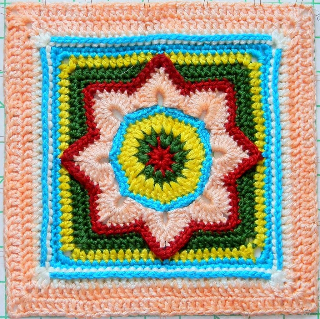 Free crochet pattern - Eight Pointed Flower Granny