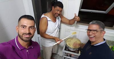Pastor Valdemiro aparece em foto sem cicatriz