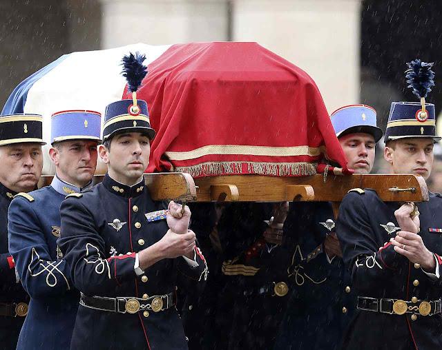 """General Henri Pinard Legry: """"os franceses tomaram consciência do que é que é o heroísmo em ação"""""""