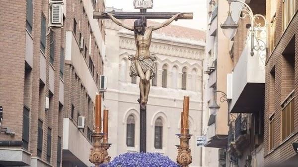 El Vía Crucis General de Almería cambia de ubicación