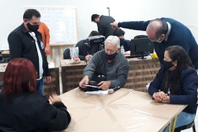 Apuração dos votos na Eleição do Sinttromar. Café com Jornalista