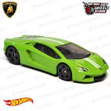 Xe Hotwheels Lamborghini