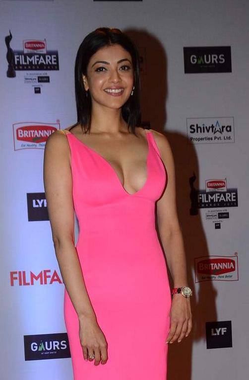 South Indian Actress Kajal Agarwal Hot Cleavage Stills