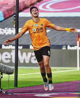 Raul Jimenez continues from where Chicharito stopped in the Premier League