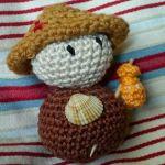 patron gratis muñeco amigurumi |  free amigurumi pattern doll