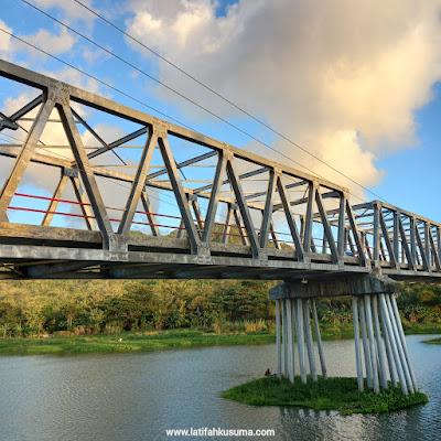 Suasana jembatan Glondong