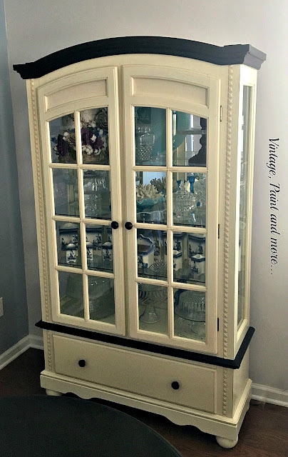 Vintage, Paint and more... a beach themed china cabinet made over with black chalk paint to become an elegant showcase in a vintage dining room