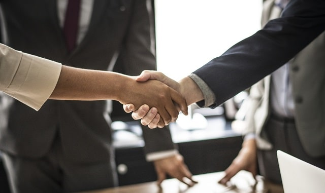 effective negotiating tips get what you want close deals negotiating hacks