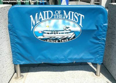 Niagara Falls - Maid of the Mist Boat Rides