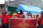 Depidar SOKSI Jabar Bersama SOKSI Karawang Berikan Bantuan Korban Banjir Karawang
