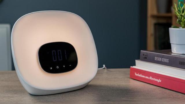 Groov-e Light Curve Wake-Up Light Alarm Clock with Radio