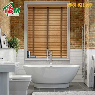 Rèm gỗ cản nắng, chống ẩm ướt phòng tắm đẹp tại bình phước.