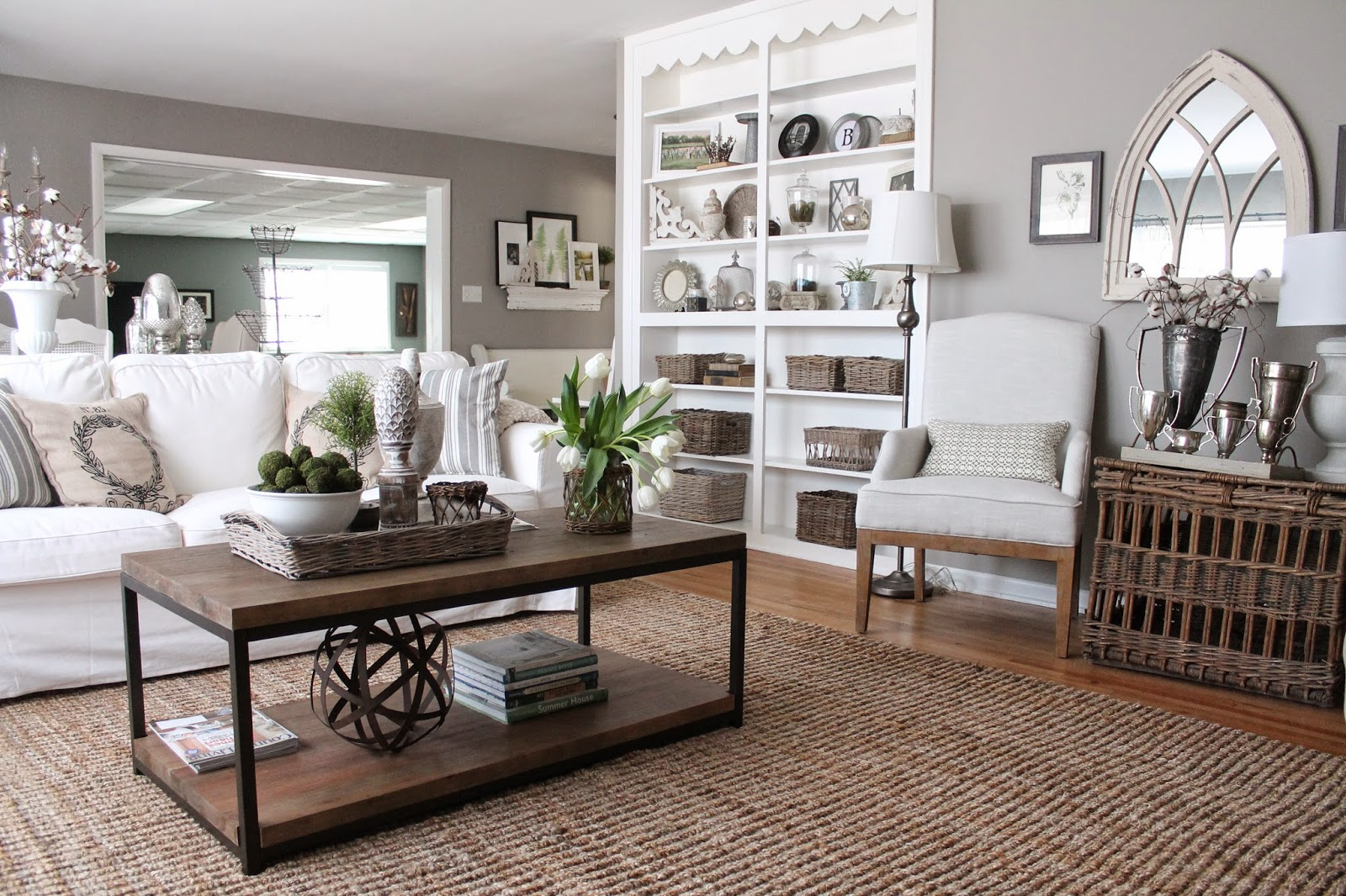 Living room paint color silver fox by benjamin moore