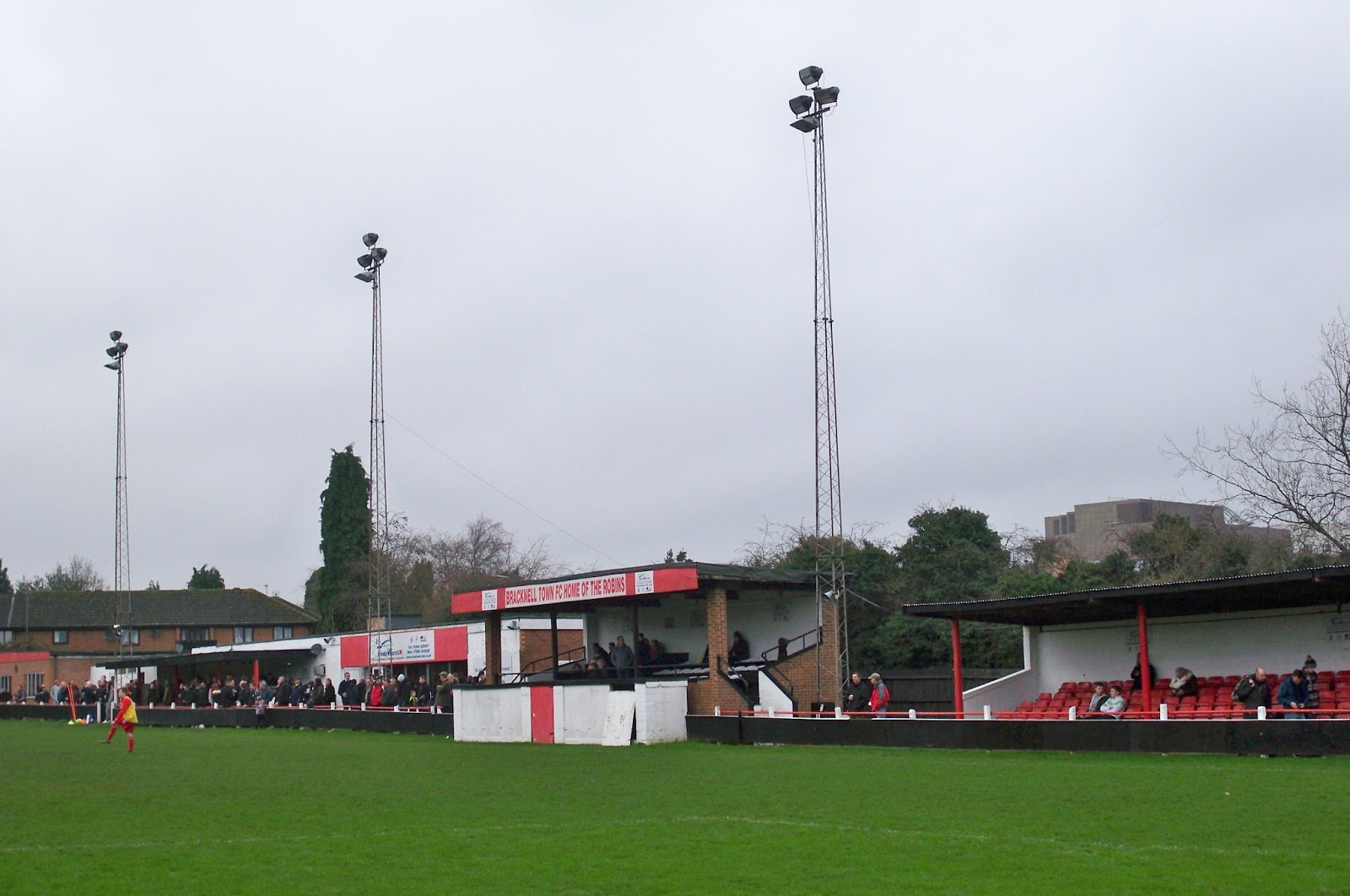 Football Grounds visited by Richard Bysouth: Bracknell Town FC