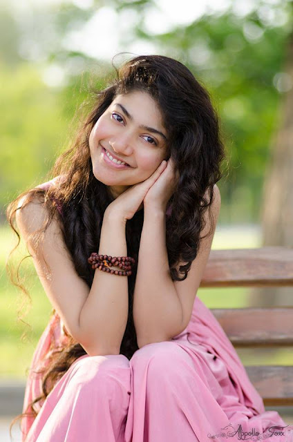 Sai pallavi images, age, biography, movies, twins, sister, hot actress, dance in vijay tv, premam, dance, profile, upcoming movies, family, date of birth, contact number, in saree, latest news, in kali, biodata, actor, dulquer