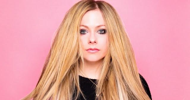 Avril Lavigne prepara nuevo álbum y revela que no hay baladas en él